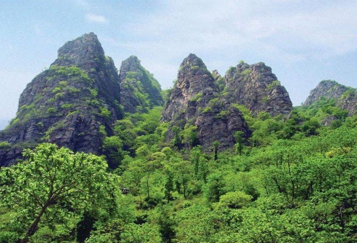 Гора 5 пальцев на Хайнань - фото