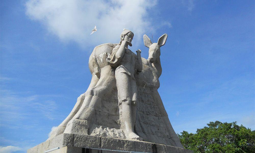Парк Олень обернул голову на Хайнань - фото