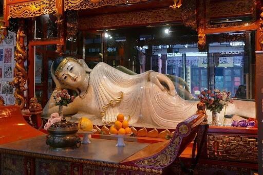 храм нефритивого будды - достопримечательности шанхая фото
