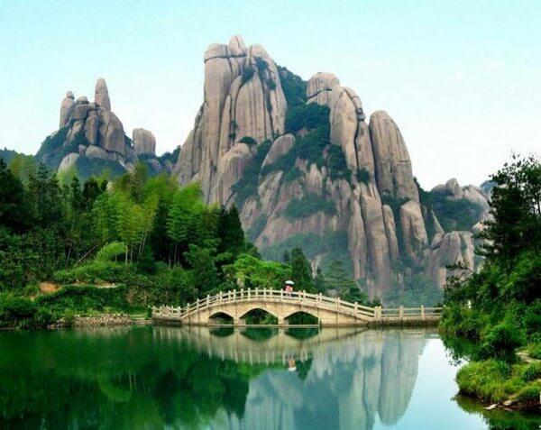 горы байюнь - достопримечательности гуанчжоу